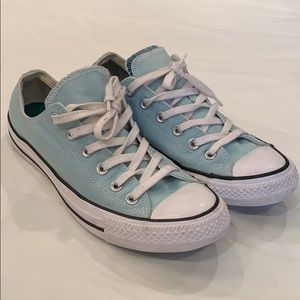 Converse all star baby blue tennis shoe athletic